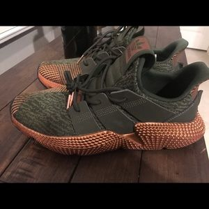 ADIDAS PROPHERE SHOES size 9.5